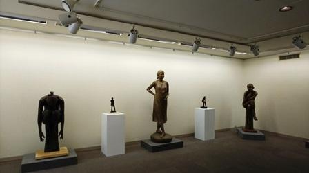作業日誌(山田朝彦彫刻展作品搬入展示作業)_c0251346_18075548.jpg