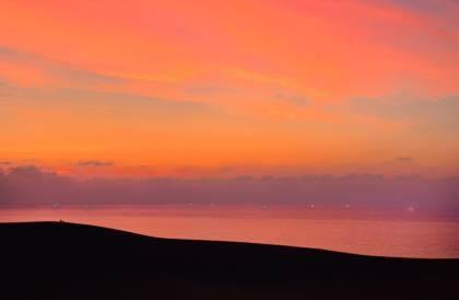 今日も昨日に続き......鳥取砂丘.海岸方面に......._b0194185_21444076.jpg