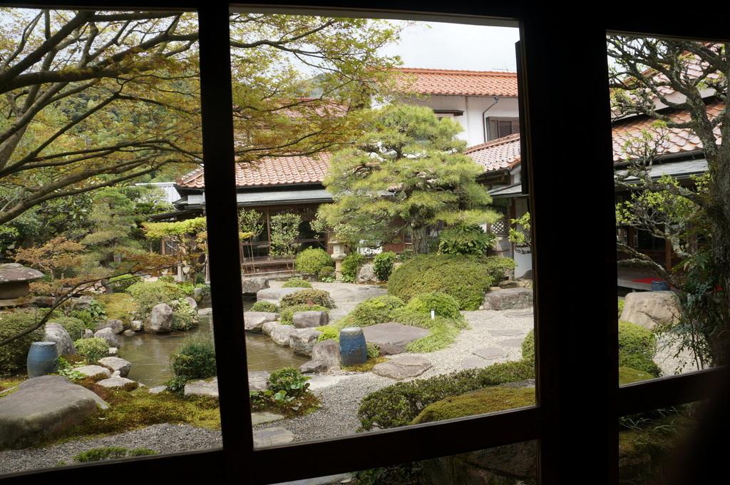 津和野散策 沙羅の木さん 4/11其の三_c0180686_02591271.jpg