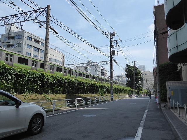 渋谷~恵比寿一駅散歩♪ インドネシア料理食べてゴールはモンタベア♪_b0287088_16564995.jpg