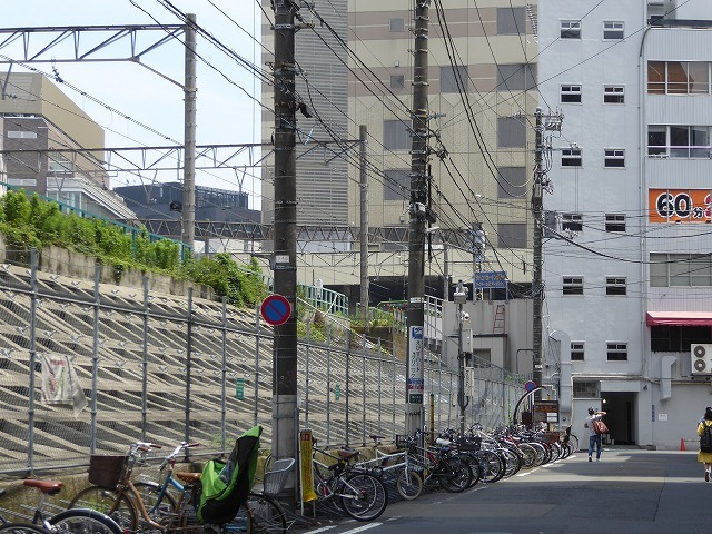 渋谷~恵比寿一駅散歩♪ インドネシア料理食べてゴールはモンタベア♪_b0287088_16570922.jpg