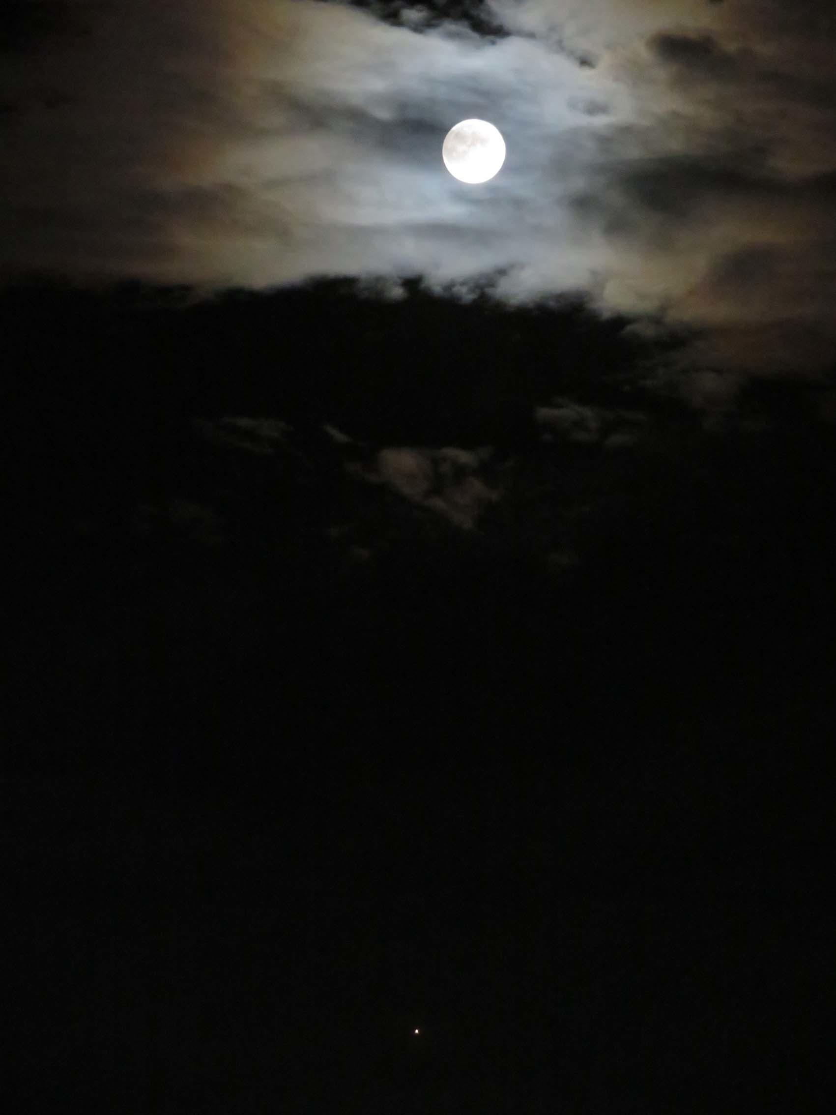 皆既月食前夜_f0014205_22031878.jpg