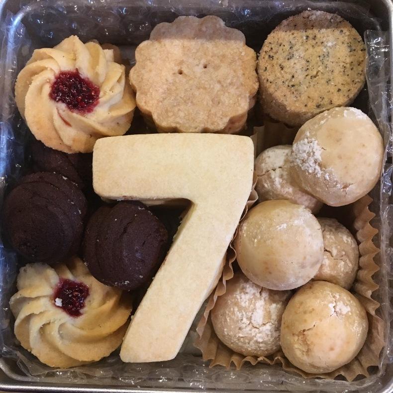 7周年特別クッキー!_c0211761_21282837.jpeg