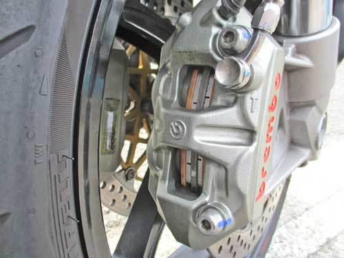 izaサン号 Z1000の車検取得やらステムベアリング&Fパッド交換やらアレコレを・・・(笑) (Part2)_c0086965_18510737.jpg