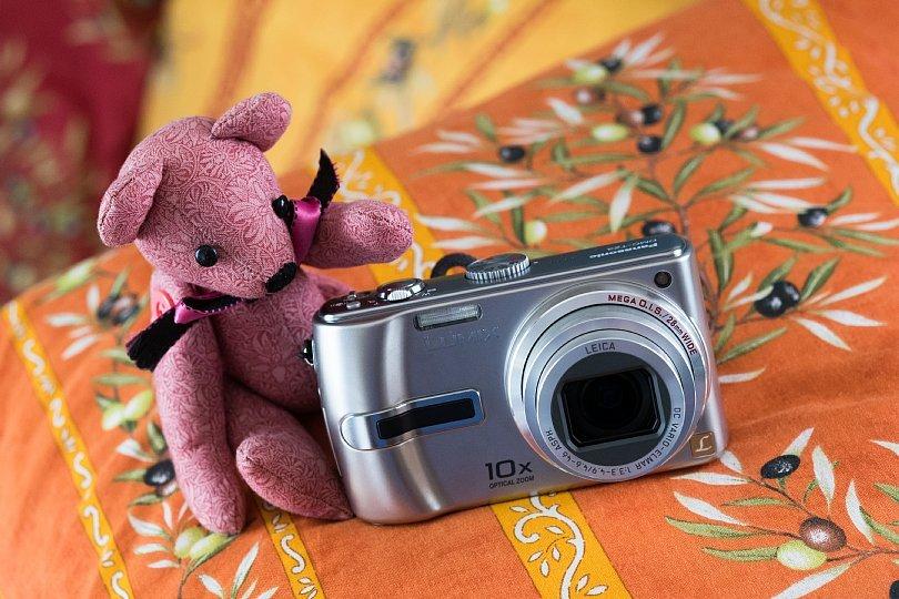 "Resurgence Of An Obsolete \""Point & Shoot\"" Camera_d0353489_18453859.jpg"