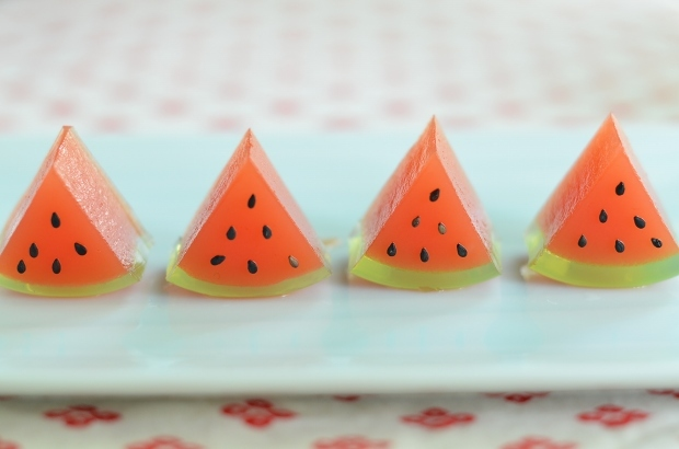 スイカの日のスイカ寒天  Homemade Watermelon Agar Sweets_d0025294_18435319.jpg