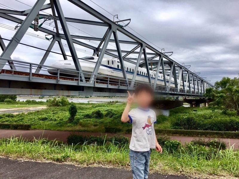 大井川橋を通過する東海道新幹線_d0367998_12334325.jpg