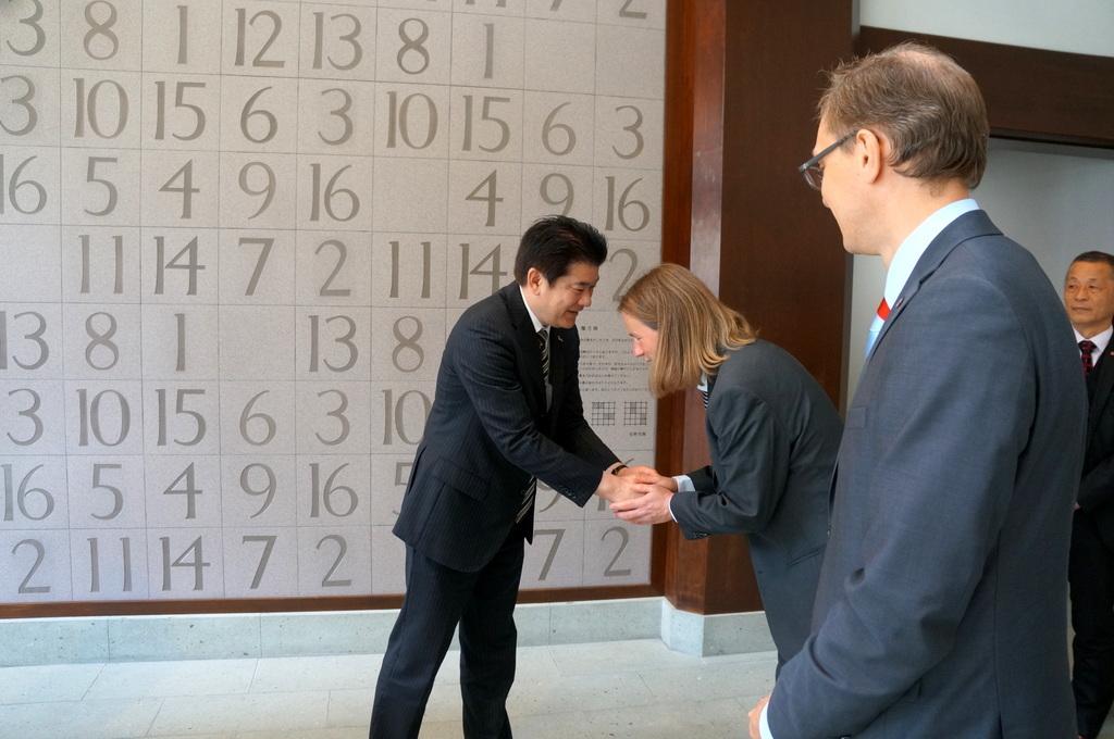 津和野最終日 安野光雅美術館 4/12其の三_c0180686_02483513.jpg