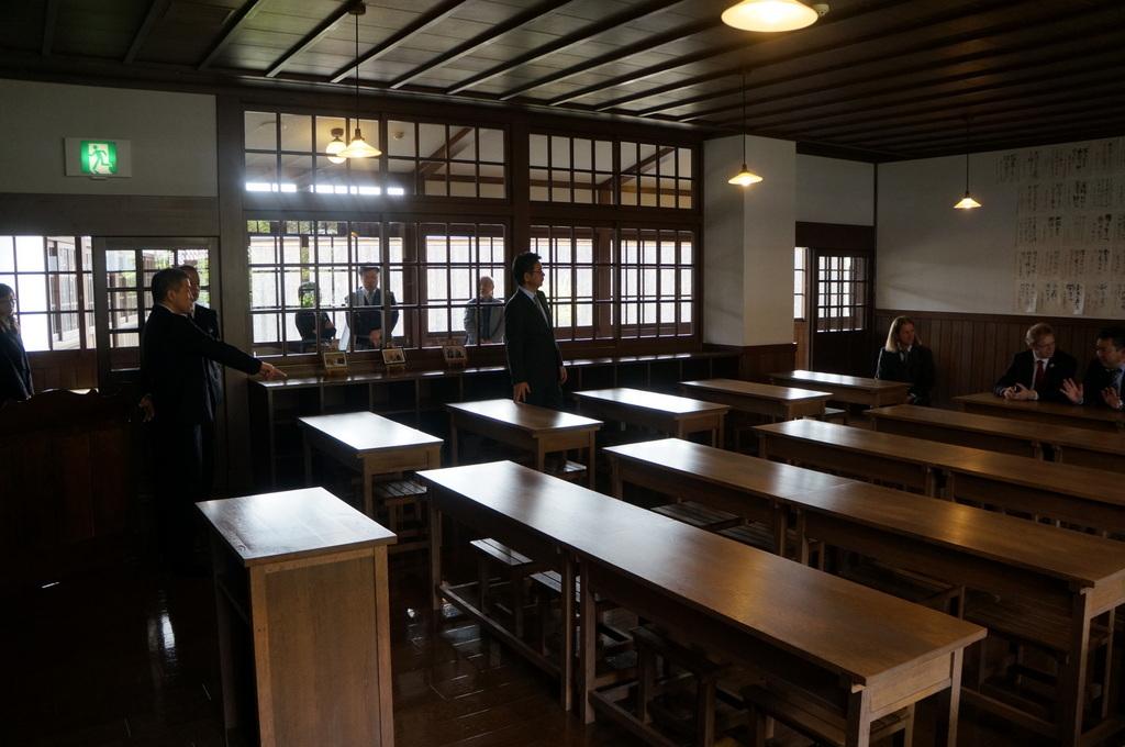 津和野最終日 安野光雅美術館 4/12其の三_c0180686_02514750.jpg