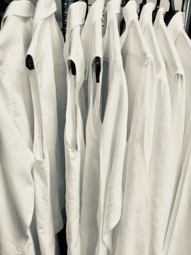白いシャツしか似合わない_b0210699_23465470.jpeg