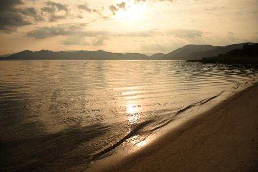夏の湖_b0259218_05125704.jpg