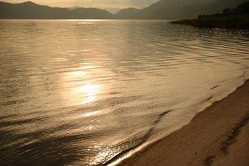 夏の湖_b0259218_05130404.jpg