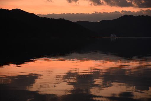 夏の湖_b0259218_05172050.jpg
