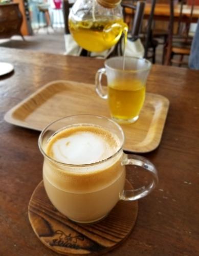 CAFE VOICES * インスタ映え間違いなしのカフェが、御代田にNew Open! <閉店>_f0236260_07134332.jpg