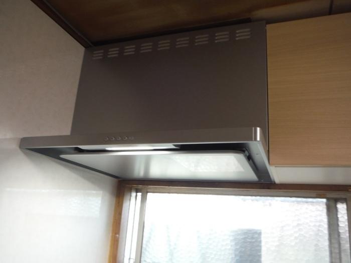 システムキッチンへの取替え ~ お客様のリクエスト。_d0165368_04400955.jpg