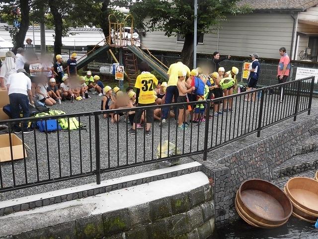 「祭り」の継続は途絶えたが、4年生の「たらい流し」は何とか実施できた田宿川_f0141310_07270243.jpg