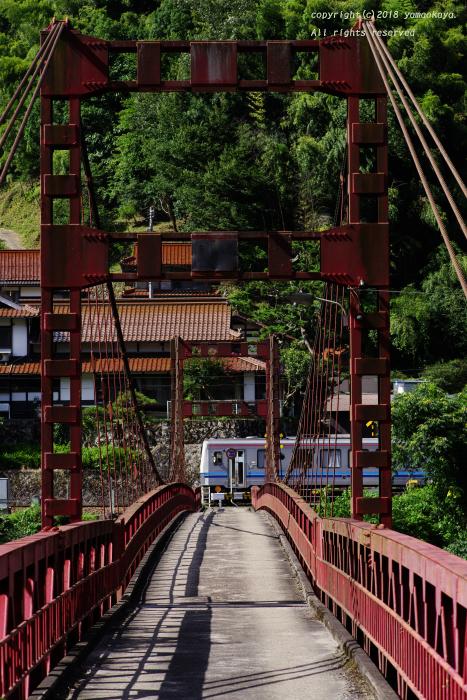 吊り橋の向こう側を_d0309612_21560413.jpg