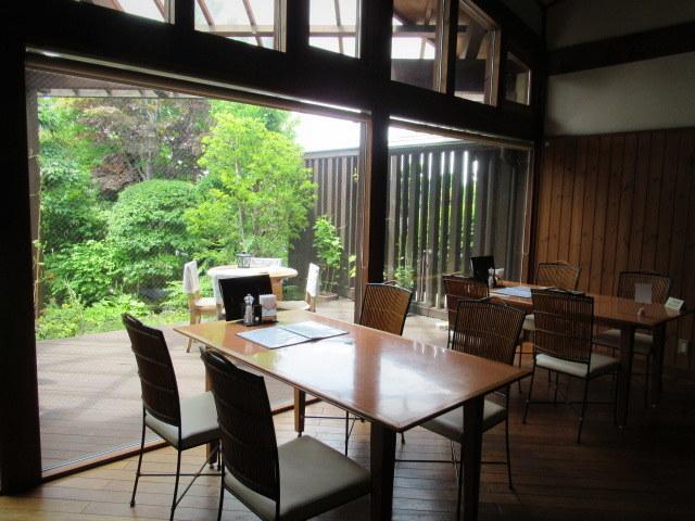 桃の季節は予約必須!* Cafe & Dining  CRESCENT/クレッセント @小諸_f0236260_01180374.jpg