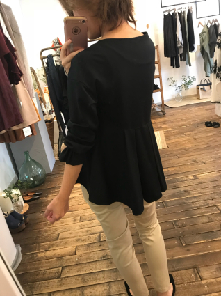 アラアラより新作のお洋服達が入荷してきました😆💓_a0246319_14130351.jpg