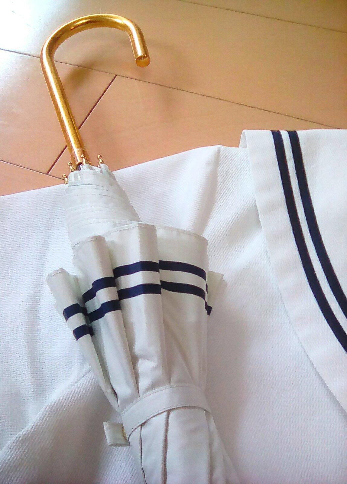 買ってよかった ♥ J K ( 女子高生 ) の日傘 🌺_e0379544_13161709.jpg