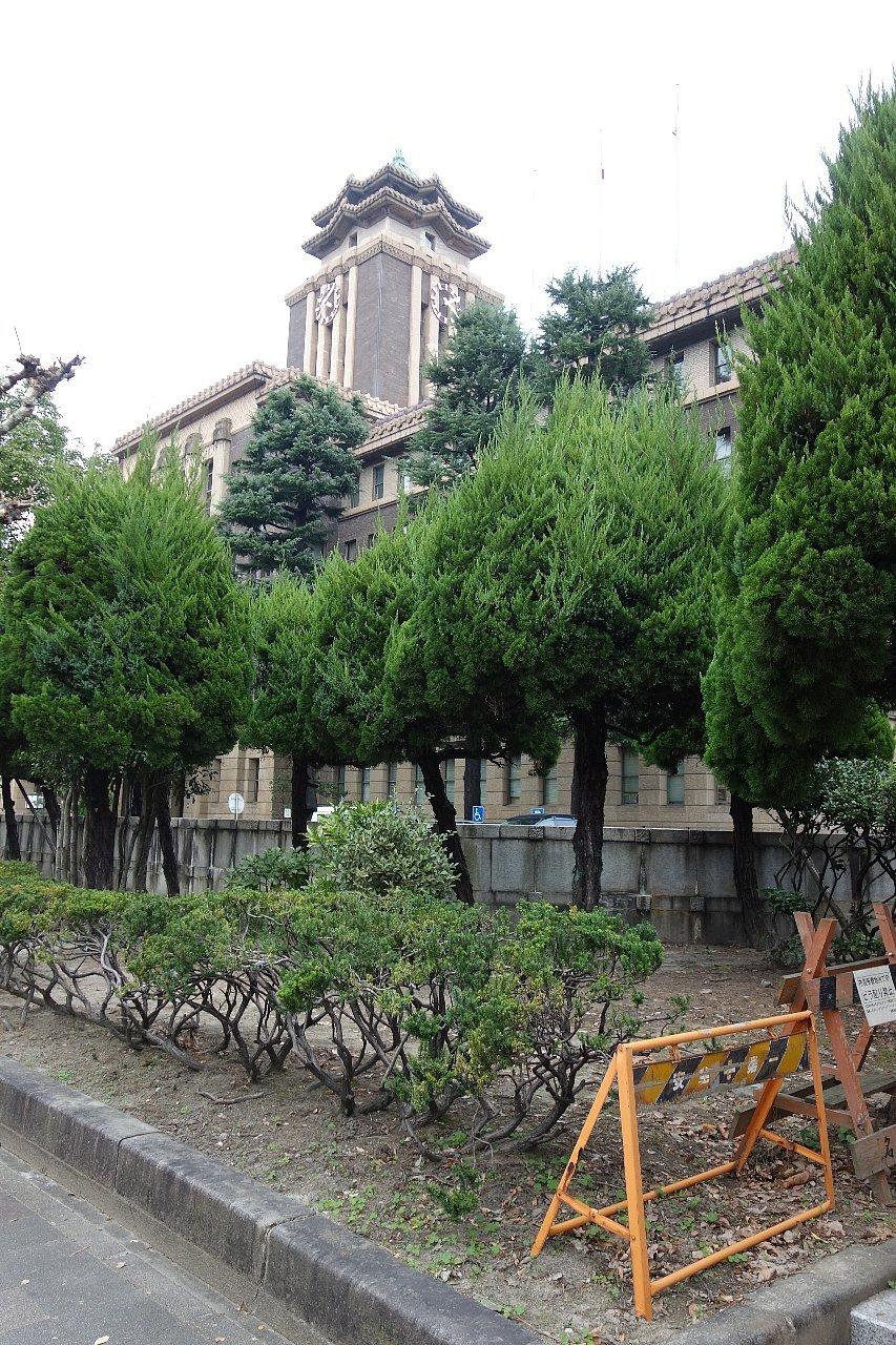 名古屋市役所へ再び_c0112559_08465184.jpg