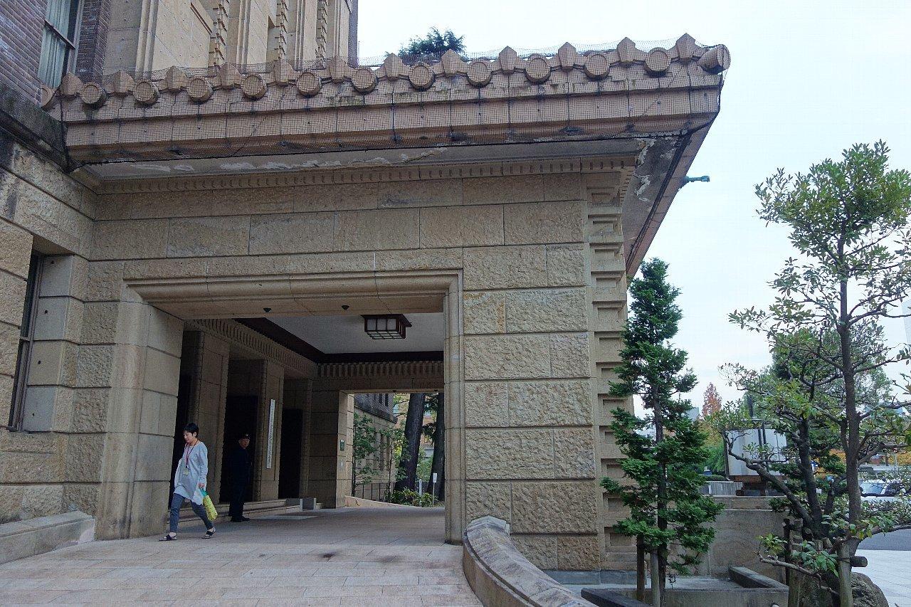 名古屋市役所へ再び_c0112559_08472465.jpg