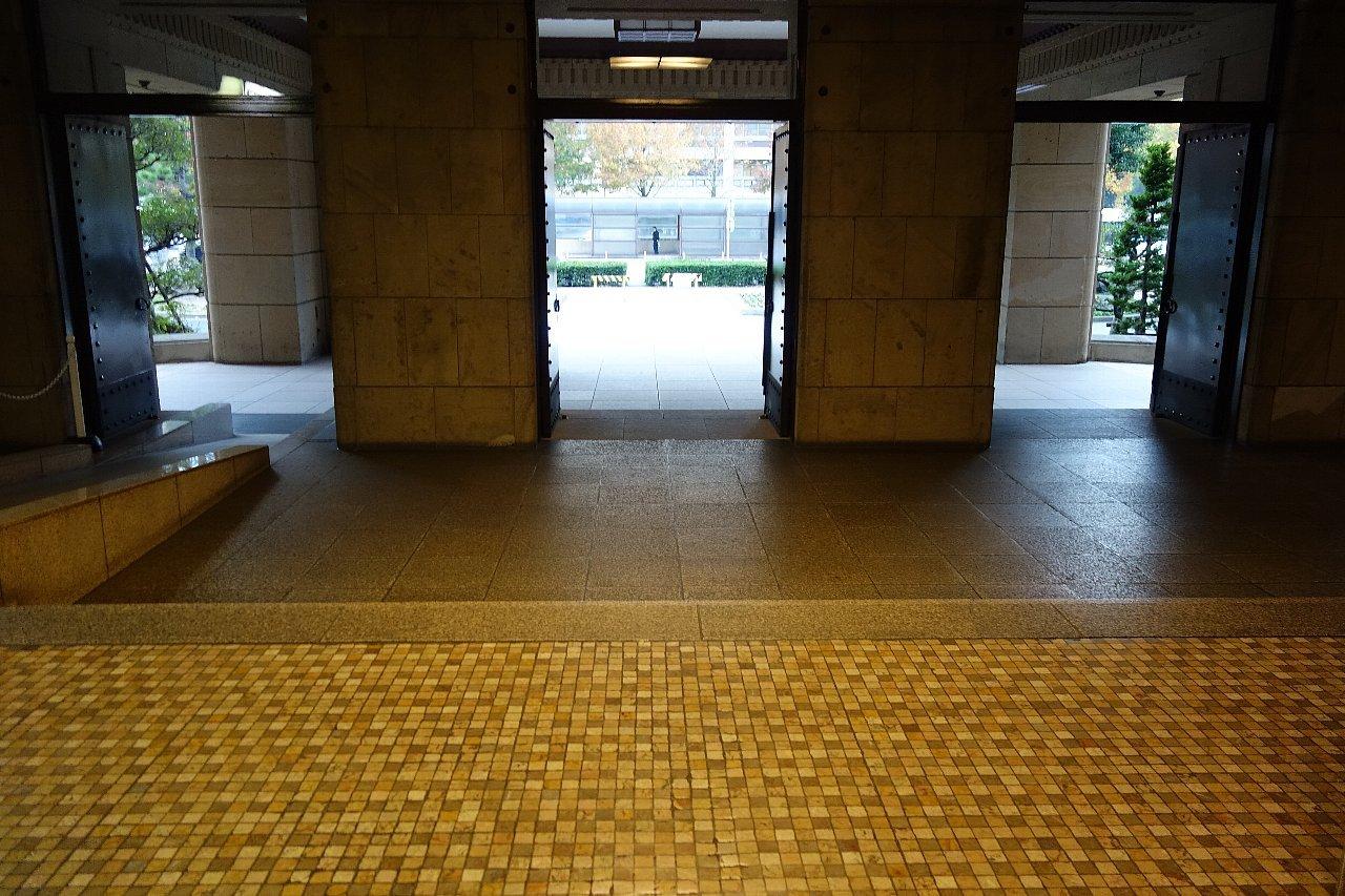 名古屋市役所へ再び_c0112559_08560427.jpg