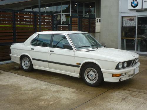珍しい訪問者 クルマ編9 BMW M535iA_e0254365_18083515.jpg