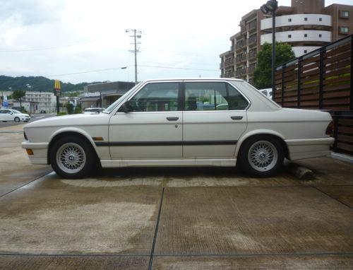 珍しい訪問者 クルマ編9 BMW M535iA_e0254365_18113071.jpg