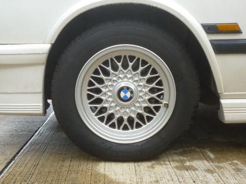 珍しい訪問者 クルマ編9 BMW M535iA_e0254365_18165987.jpg