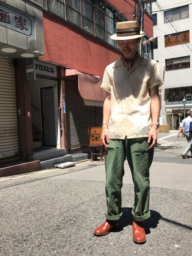 一度は試しておきたい、このパンツ! (T.W.神戸店)_c0078587_15331403.jpg