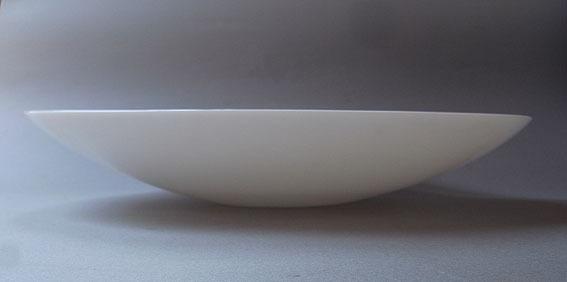 白ガラスの楕円皿_e0111789_09420634.jpg