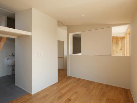 2階にあるサニタリールームの様子_b0183404_12543784.jpg
