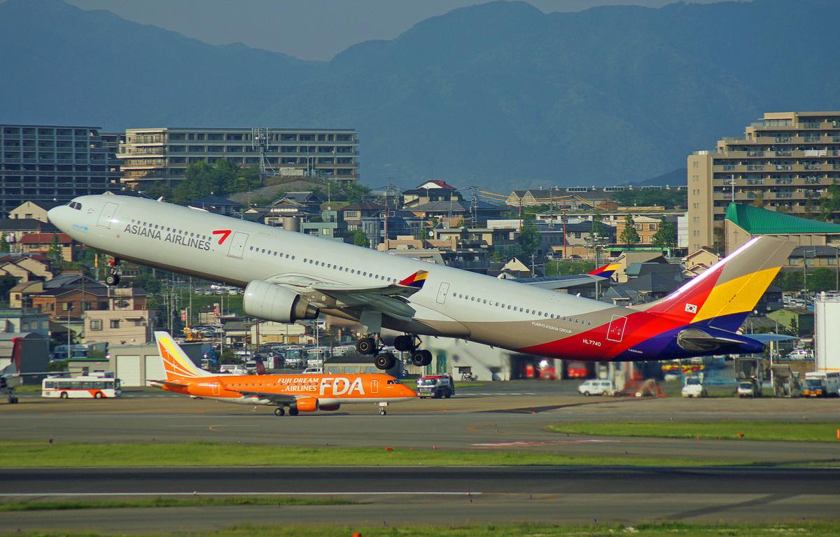 ASIANA AIRLINES。_b0044115_09462261.jpg