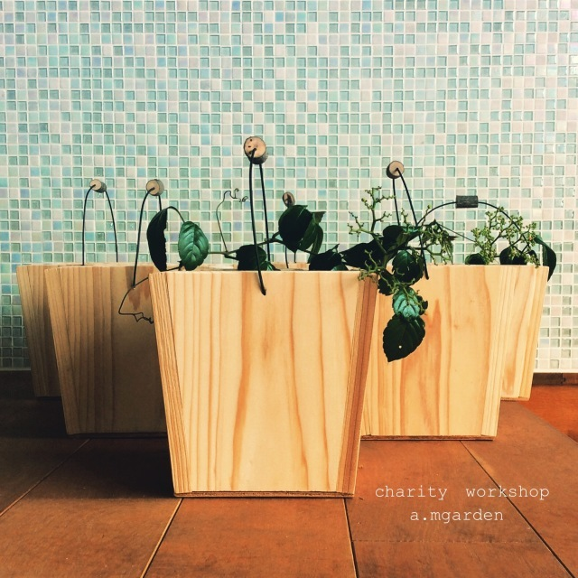 今、私たちに出来る事バケツ型木製BOXチャリティーworkshop。_b0125443_12332388.jpeg