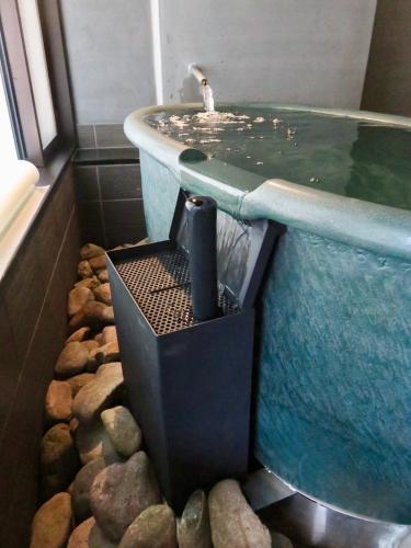 「旅亭万葉様」個室露天風呂の改装工事_f0228240_15000966.jpg
