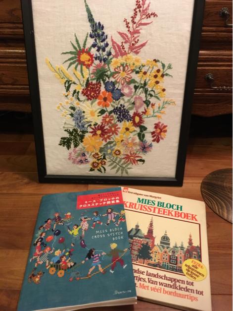 ミースさんの本が2冊揃いました_a0374562_07355175.jpg