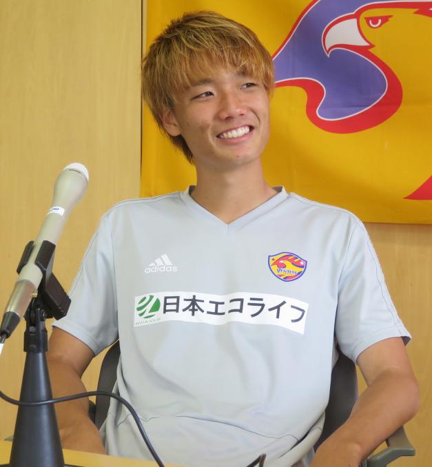 板倉選手インタビュー_d0367462_15380922.jpg