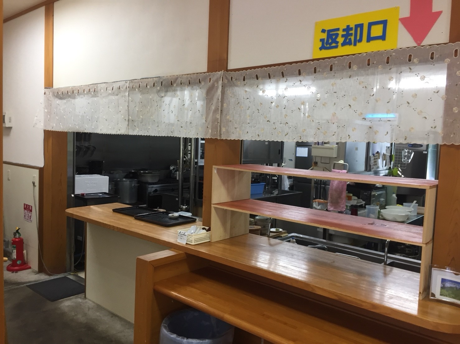 関金の道の駅 犬挟  内に併設されてる犬挟食堂_e0115904_15025608.jpg