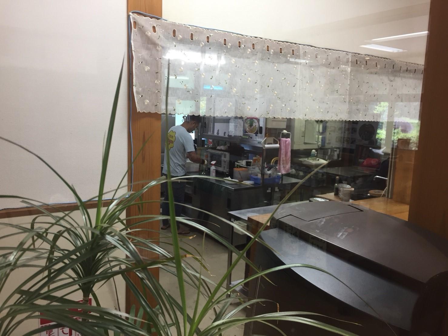 関金の道の駅 犬挟  内に併設されてる犬挟食堂_e0115904_15490727.jpg
