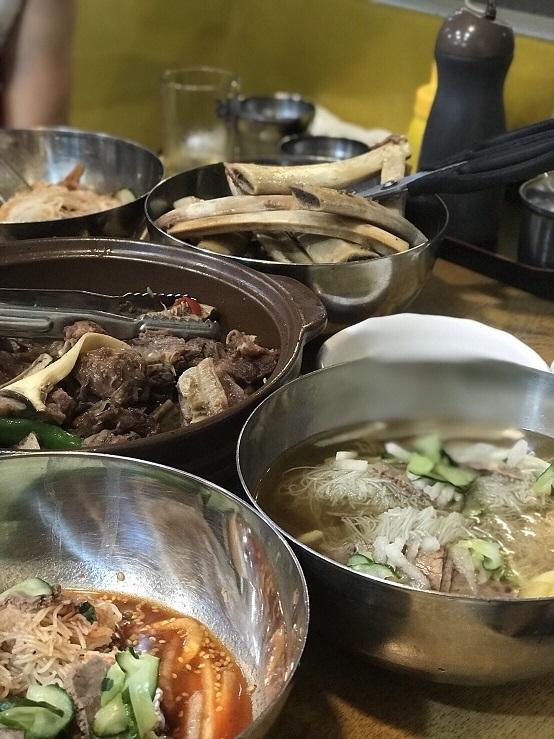 江南麺屋で骨付きカルビチムと冷麺の幸せな組み合わせ_b0060363_17243311.jpg