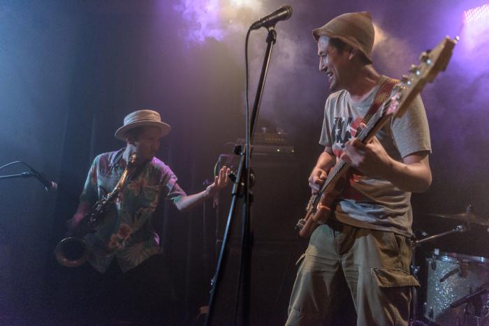 Salsa 2度目の米国ツアーからの帰国ライブ サポートバンドは新しいドンマルティネス_f0144394_23514117.jpg