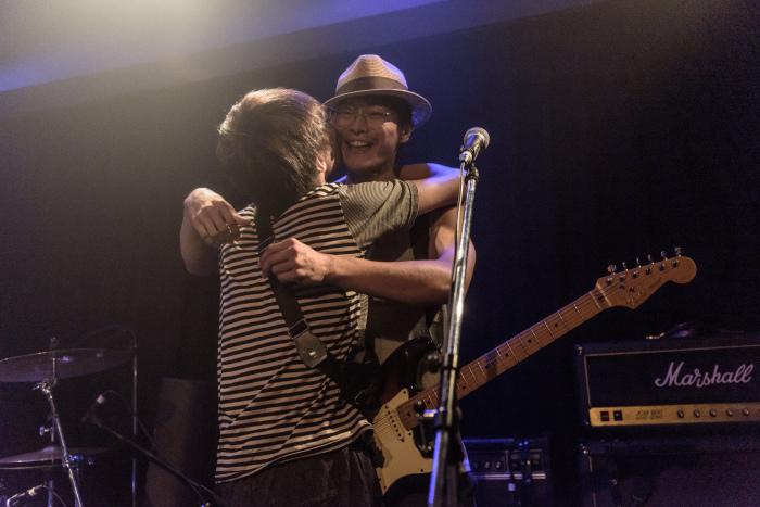Salsa 2度目の米国ツアーからの帰国ライブ サポートバンドは新しいドンマルティネス_f0144394_23524122.jpg