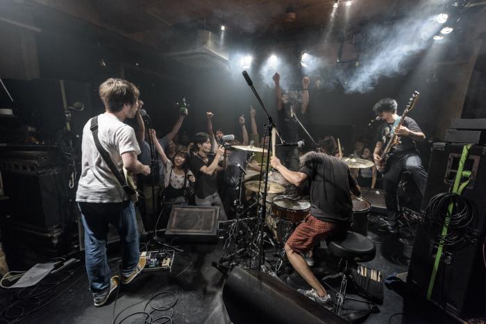 Salsa 2度目の米国ツアーからの帰国ライブ サポートバンドは新しいドンマルティネス_f0144394_23531565.jpg