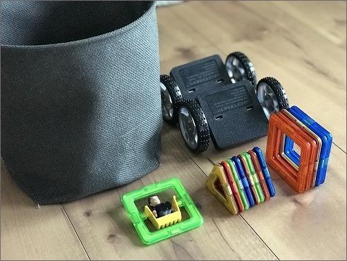 【 おもちゃの収納と新しいおもちゃ(マグフォーマー)】_c0199166_10121827.jpg