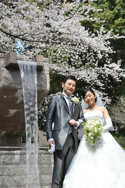 卒花嫁様アルバム マリオットホテルの花嫁様より、桜のころ、先生に_a0042928_20522937.jpg