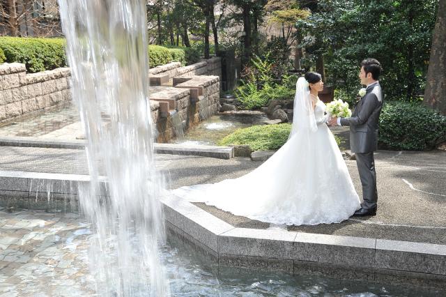 卒花嫁様アルバム マリオットホテルの花嫁様より、桜のころ、先生に_a0042928_20523392.jpg