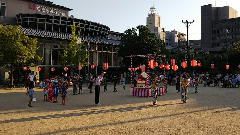 盆踊り_c0057390_01231150.jpg