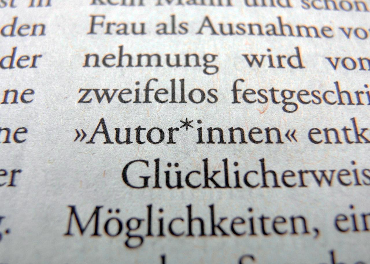 ドイツで試行錯誤中の、性の区別ない表記方法_e0175918_06184840.jpg