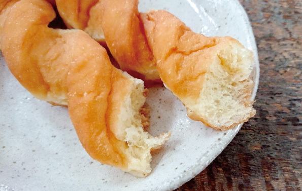 【袋ドーナツ】山崎製パン「バターディッシュドーナツ」【デニッシュ感ない…】_d0272182_11402474.jpg